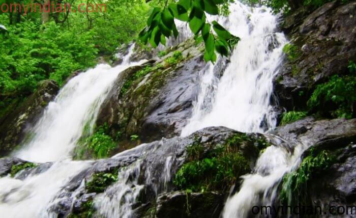waterfall-in-Phulbani-min